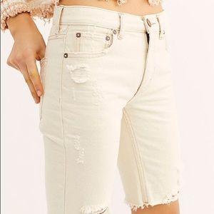 Free People Caroline cutoff Denim shorts Ecru